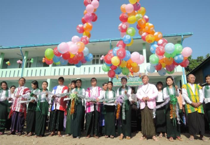 Pay Pin Hsehni Ywa(ベービンセンナ)Branch高校