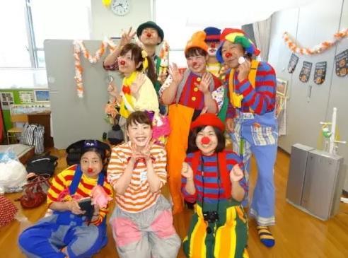 クラウンボランティアによる子どもの成長サポート