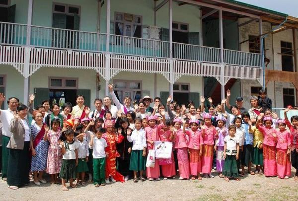 ミャンマーボランティアツアー.jpg